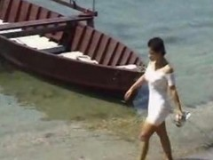 Beach, Spy, Milf, My noisy mom caught by my spy cam