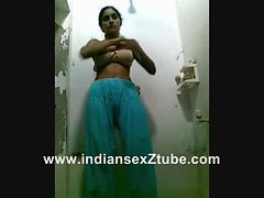 Shower, Solo indian aunties under shower
