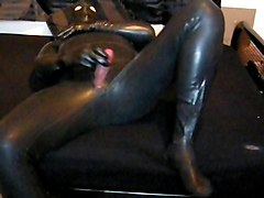 Rubber, Heavy rubber orgasm