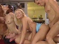 Group, Group masturbation