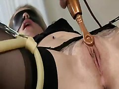Gyno, Kissing, Giving pussy injection at gyno bdsm