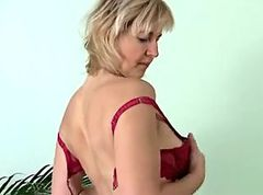 Masturbation, Mature, Masturbation in front at nature